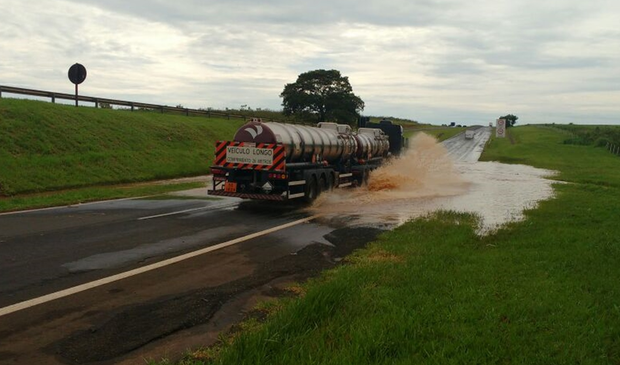 Operação especial será implantada na Rodovia Marechal Rondon para minimizar danos decorrentes das fortes chuvas que atingem o trecho de Penápolis