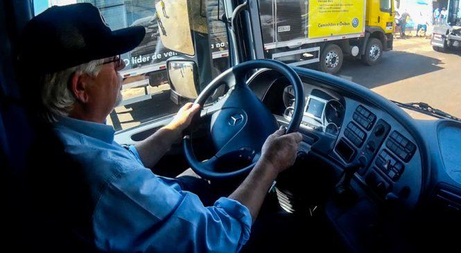 30% dos caminhoneiros da BR-163 têm mais de 50 anos
