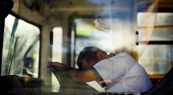 Caminhão e ônibus podem ter alerta contra sono para motorista