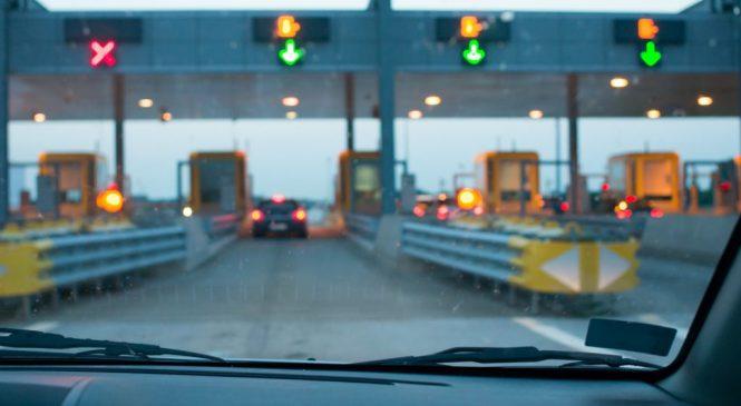 A cada minuto, sete motoristas 'furam' pedágio em rodovias paulistas