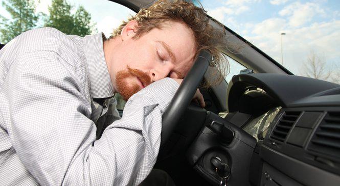 Levantamento mostra que sono ao volante foi causa de 283 acidentes na Fernão Dias em 2017