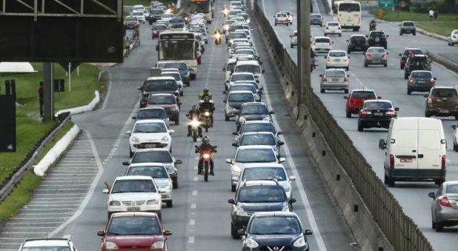 Volta do feriadão de Páscoa teve movimento 43% maior nas estradas