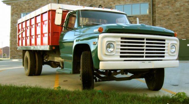 10 caminhões carinhosamente apelidados pelos brasileiros