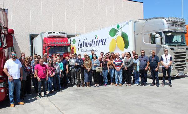 Família Scania leva clientes à Itália