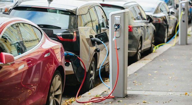 Até 2020, Brasil deve ter frota de aproximadamente 40 mil veículos elétricos