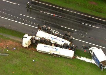 Câmeras registram acidente entre caminhões que fechou o Rodoanel, em SP