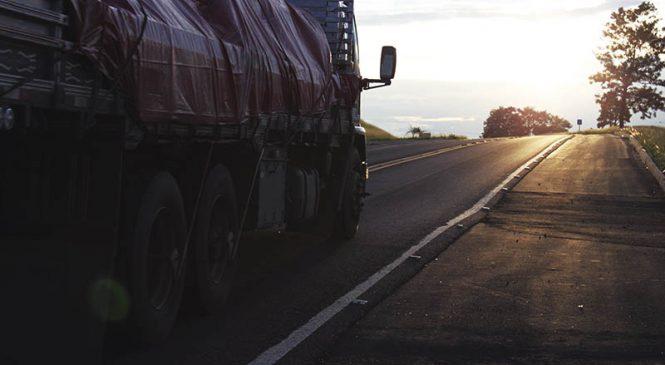 Transportadoras abrem 340 vagas para motoristas em Piracicaba; veja informações