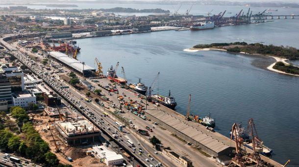 Roubo de cargas leva empresários a trocar o porto do Rio por Santos e Vitória