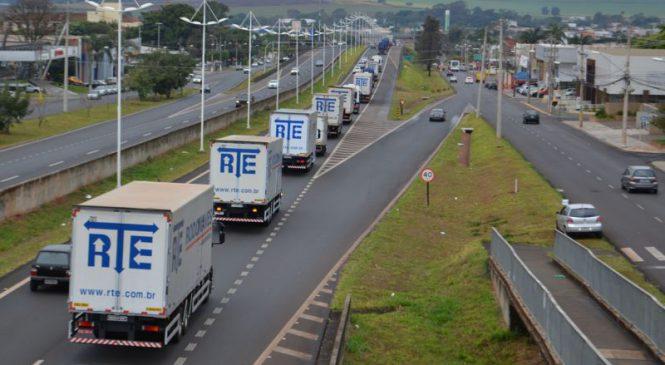 RTE Rodonaves unidade de Matão celebra Dia do Motorista com carreata e arrecadação de doações para entidades beneficentes