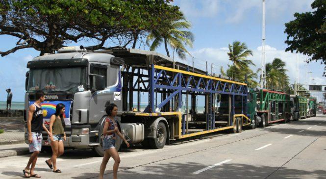 Cegonheiros também serão multados se não retirarem os veículos de Boa Viagem