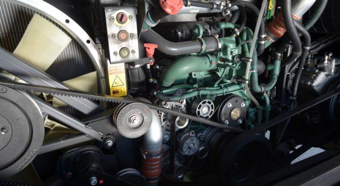 Motor de oito litros é produzido no Brasil