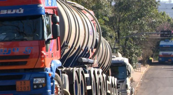 Caminhoneiros voltam a protestar contra aumento de combustíveis no Rio Grande do Sul