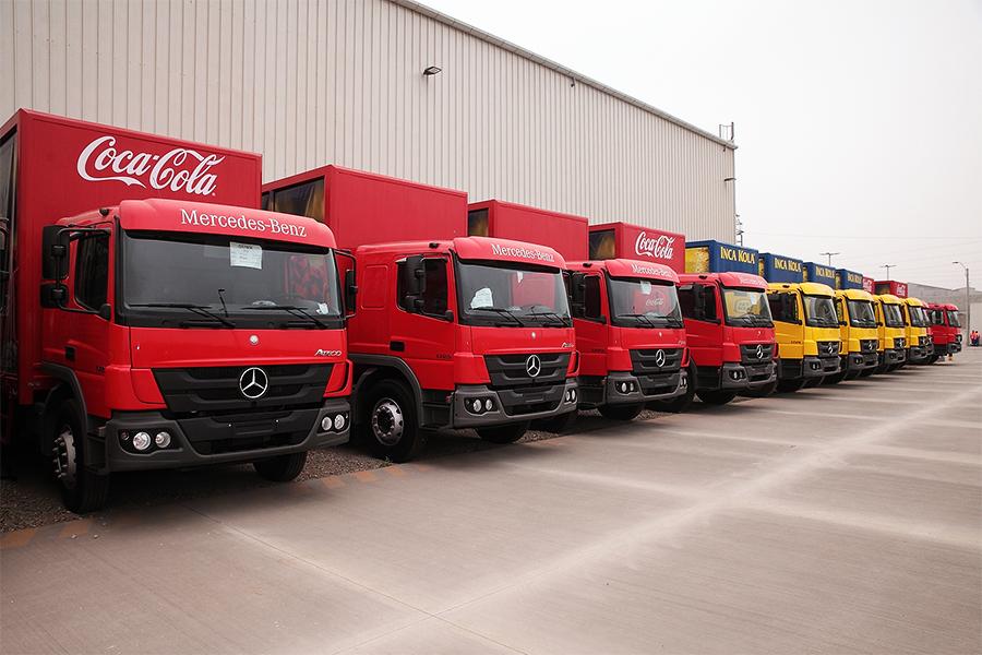 Mercedes-Benz realiza venda inédita de caminhões  para a Coca-Cola Lindley no Peru
