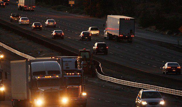 Drogas, insegurança e pressão por prazos marcam rotina dos caminhoneiros