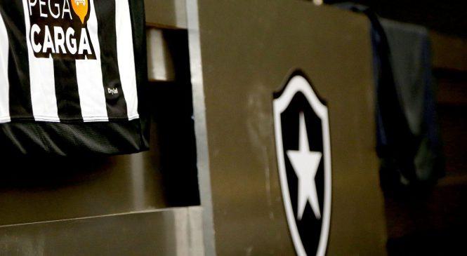 Botafogo anuncia aplicativo para caminhoneiros como novo patrocinador