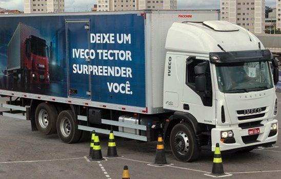Gincana do Caminhoneiro chega à final e premia o vencedor som um Iveco Tector