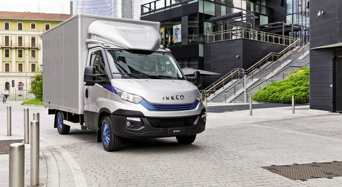 "IVECO Daily Blue Power ganha título de ""International Van of the Year 2018"""