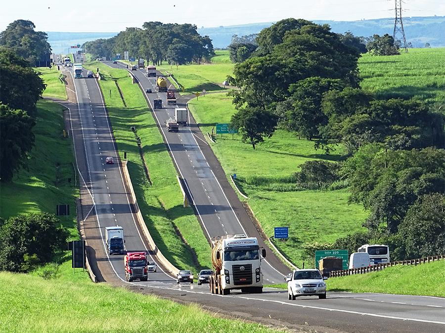 Operação Dia do Trabalho – 357 mil veículos passarão pelas rodovias da Intervias