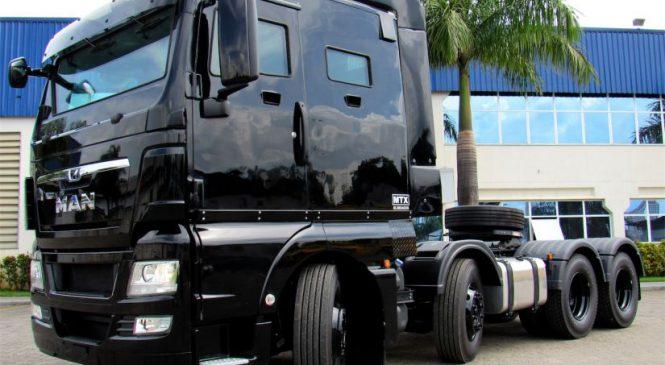 MAN Latin America apresenta seu primeiro caminhão da linha TGX blindado