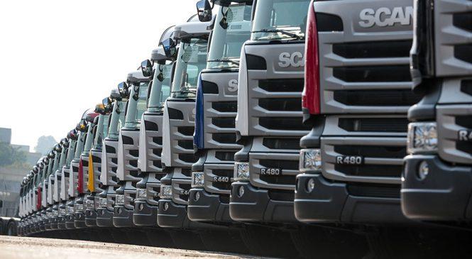 Venda de caminhões novos salta 56% em janeiro