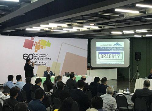 Novas Placas Mercosul é debatida em Encontro Nacional dos Detrans de todo o Brasil