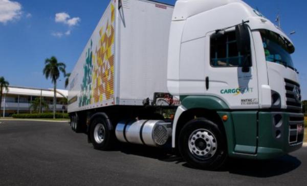 Cargosoft abre vaga para motorista carreteiro no PR