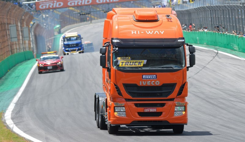 Pilotos da Copa Truck 2018 buscam o título a bordo do IVECO Hi-Way