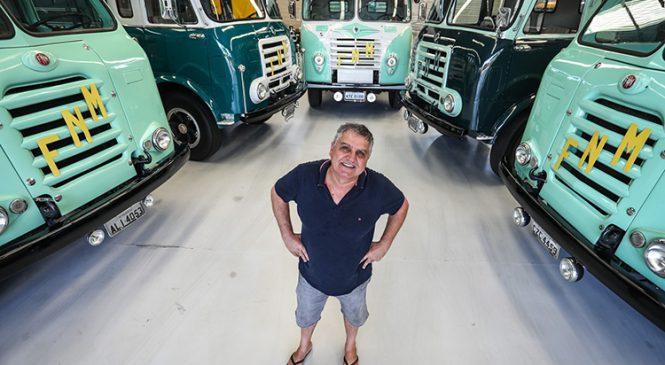 Colecionador de caminhões 'viciado' em Fenemê já perdeu a conta de quantos tem