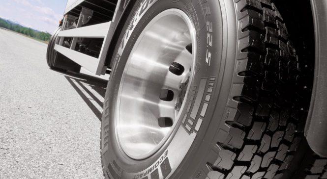 Projeto isenta pneus de caminhões de empresas transportadoras do IPI