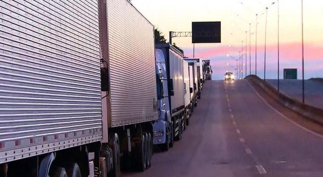 Deputados tentam acordo sobre anistia de multas a caminhoneiros