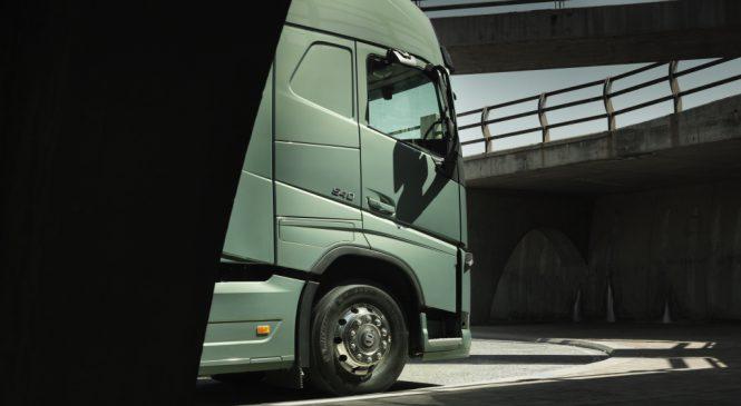 Vendas de caminhões registram alta de 78% em abril