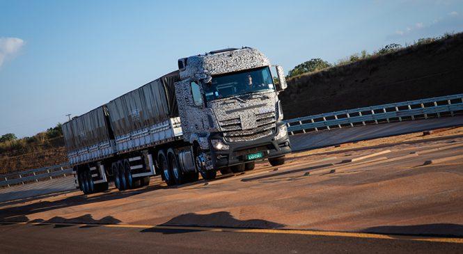Caminhão laboratório traz a realidade das estradas para as pistas do Campo de Provas