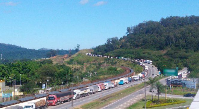 Associação de transportadoras denuncia ameaças a caminhoneiros em Minas Gerais