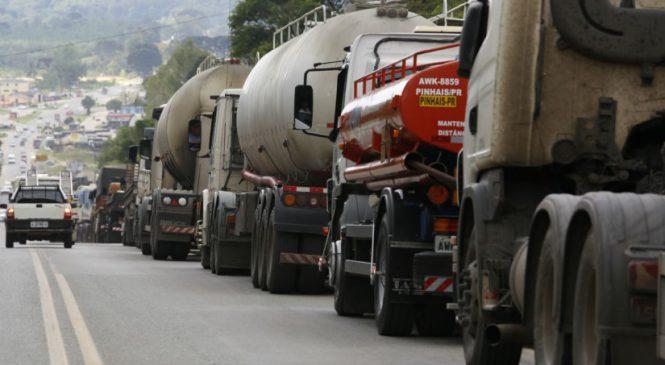 Assembleia de SP aprova projeto de lei que cria IPVA diferenciado para caminhoneiros autônomos
