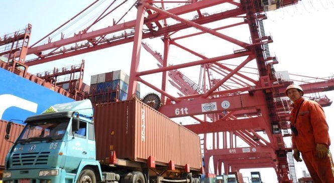 Na China, caminhoneiros bloqueiam estradas contra preço do combustível