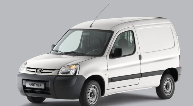 Nova Partner chega à rede Peugeot
