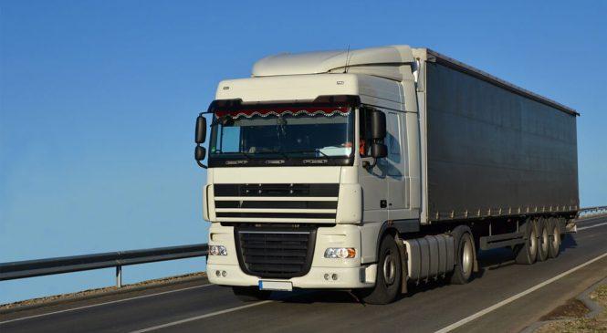 Seguro para transporte de cargas e para caminhões: entenda as diferenças e semelhanças