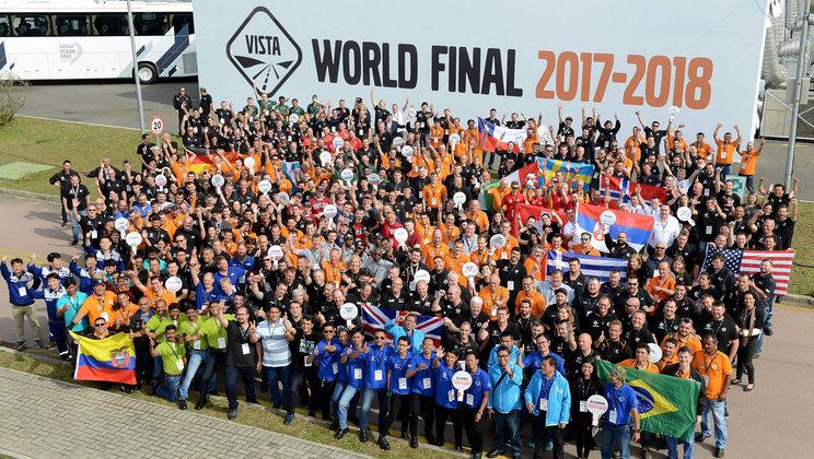 Vídeo traz os principais destaques de competição mundial entre mecânicos de caminhões e ônibus Volvo