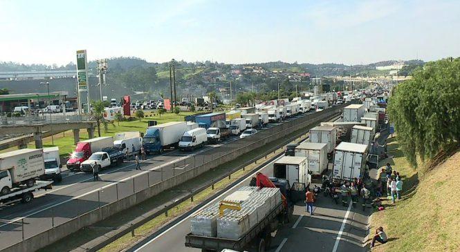 Após 6 semanas, veja a situação das medidas de acordo com caminhoneiros para acabar com paralisação