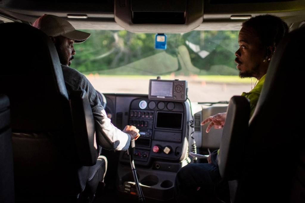 Falta de caminhoneiros é uma ameaça para a economia dos EUA