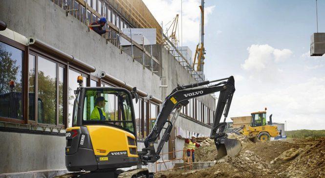 Volvo CE apresenta a ECR35D, sua nova escavadeira compacta de 3 toneladas