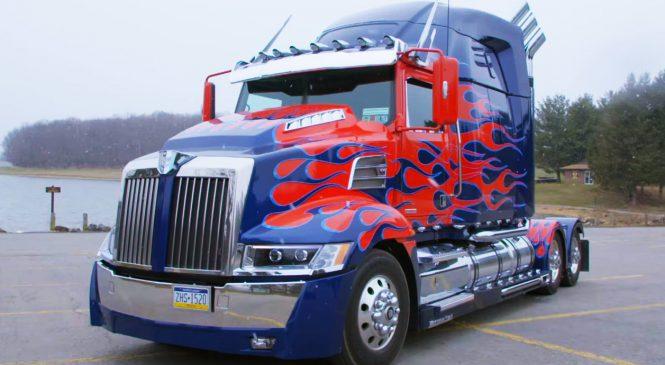 Réplica do Optimus Prime: completa e com detalhes incríveis, é a primeira criada por um fã de Transformers