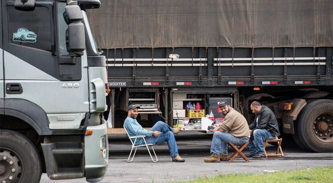 CNT inicia estudo para identificar perfil dos caminhoneiros