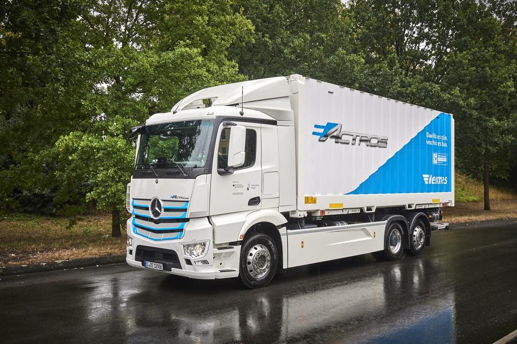 O Caminhão Elétrico pesado da Mercedes-Benz começa seus testes na Alemanha