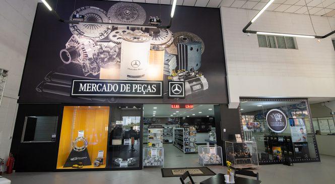 Mercedes-Benz lança conceito inovador de autoatendimento para venda de peças em concessionários