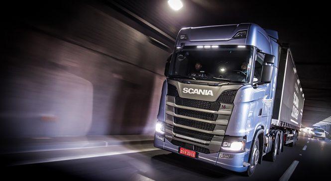 Scania abre loja na internet