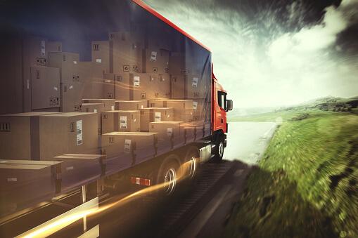Excesso de peso no transporte de cargas aumenta risco de acidentes e mortes nas estradas
