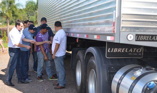 Librelato contribui com capacitação de caminhoneiros junto à Fabet