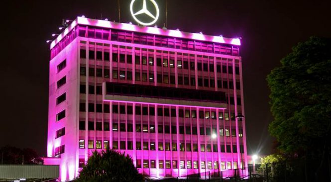 Mercedes-Benz do Brasil veste rosa