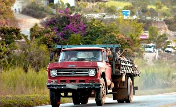 CNT quer criação de programa nacional de renovação de frota de caminhões.
